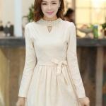 ชุดเดรสสั้นแฟชั่นเกาหลี มินิเดรสสั้นสีเบจ คอปักมุก แขนยาว เป็นชุดเดรสสวยๆ แนวหวานน่ารัก เรียบร้อย ดูดี สามารถใส่ออกงานได้ ( M L XL )
