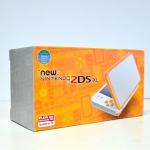 รุ่นใหม่ล่าสุด New 2DS XL // New 2DS XL สีขาว/ส้ม (White X Orange) ราคา 7490.- ส่งฟรี