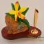 ของพรีเมี่ยม ที่เสียบปากกา กล้วยไม้เหลือง ขนาดกว้าง 12.5 ซม. สูง 10 ซม. thumbnail 5