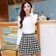ชุดเดรสทำงานสวยๆสไตล์เกาหลี ชุดเซ็ต 2 ชิ้น เสื้อคอกลมแขนยาวสีขาว + กระโปรงสั้นลายตารางเก๋ๆ ( S M L XL ) เป็นชุดทำงานออฟฟิศ(บริษัท),คุณครู,ราชการ ให้ลุคสวยหวาน น่ารักๆ ดูเรียบร้อย thumbnail 1