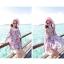 ชุดเดรสสั้นใส่เที่ยวทะเลสวยๆ โทนสีชมพูลายดอกไม้ เว้าไหล่ ทรงปล่อย thumbnail 3