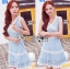 Lady Ribbon เสื้อผ้าเกาหลี LR01110716 &#x1F380 Lady Ribbon's Made &#x1F380 Lady Ariana Sweet Feminine White and Blue Lace Dress เดรสผ้าลูกไม้ thumbnail 3