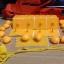 หมุดติดม่านกันยุงแบบเทปกาวสองหน้า(หมุดเทป) สีเหลืองอมส้ม thumbnail 2
