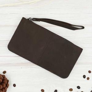 กระเป๋าสตางค์หนังแท้นุ่มมือ มีสายคล้องข้อมือกันหล่น มีช่องซิปใหญ่รอบ