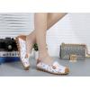 SK10 รองเท้าหนังนิ่ม (หนังวัว) ลายดอกไม้เล็ก Size 35
