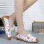 SK10 รองเท้าหนังนิ่ม (หนังวัว) ลายดอกไม้เล็ก Size 38