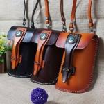 กระเป๋าร้อยเข็มขัด สามารถเปลี่ยนเป็นกระเป๋าสะพายข้างได้ หนังฟอกฝาด