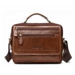 กระเป๋าสะพายข้าง กระเป๋าถือ สำหรับท่านชาย สามารถใส่ไอแพทและอุปกรณ์ต่างๆได้เยอะ หนังแท้ทั้งใบ