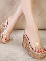พรีออเดอร์ รองเท้า ส้นเตารีด สีทอง มีไซด์ 35-39