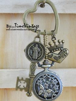 พวงกุญแจนาฬิกาพก Holy Design- Holy Design Key chain Quartz Watch