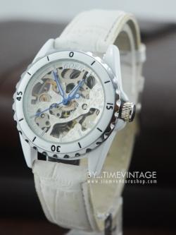 นาฬิกาข้อมือกลไกผู้หญิง ระบบออโตเมติก หน้าปัทม์ขาว สายหนังสีขาว
