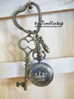 พวงกุญแจนาฬิกาลายมงกุฎประดับตัวห้อยรองเท้าบัลเล่ต์- Key Ring Watch in Queen of Ballet Design