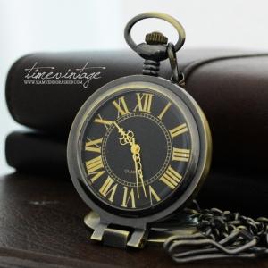 นาฬิกาพก ฝาแก้วแว่นขยาย พื้นสีดำ สี BRONZE เลขโรมัน แบบสายหนีบ (พร้อมส่ง)