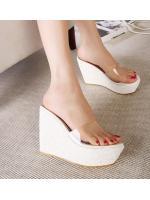 พรีออเดอร์ รองเท้า ส้นเตารีด สีขาว มีไซด์ 35-39