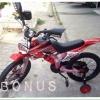 สีแดง จักรยานวิบาก 16 นิ้ว สำหรับเด็กอายุ 6-8 ปี
