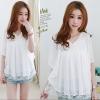 เสื้อผ้าแฟชั่นเกาหลีสีขาว คอวีแต่งผ้านิตติ้ง ส่วงแขนทรงปล่อยแบบปีกค้างคาว ผ้าซีฟอง+ซับในคะ