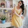 It Girl ชุดเดรสแฟชั่นแขนกุดผ้าจูติสีเหลือง