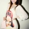 (พร้อมส่ง)เสื้อน่ารัก สกรีนลายเด็กผู้หญิง แขนพอง แฟชั่นเกาหลี สีครีม
