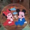 ลาย Mickey Mouse2 รุ่นไม่มีพนักพิง โต๊ะ ขนาด 18*20 นิ้ว จำนวน 1 ตัว เก้าอี้ ขนาด 10*10 นิ้ว จำนวน 4 ตัว ผลิตจากไม้จามจุรีแท้ ไม่ใช่ไม้อัด รับน้ำหนักได้ถึง 70 กก.