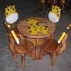 ลายยีราฟ รุ่นมีพนักพิง โต๊ะ ขนาด 18*20 นิ้ว จำนวน 1 ตัว เก้าอี้ ขนาด 10*10 นิ้ว จำนวน 4 ตัว ผลิตจากไม้จามจุรีแท้ ไม่ใช่ไม้อัด รับน้ำหนักได้ถึง 70 กก.