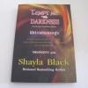 พิศวาสจอมอสูร (Tempt Me with Darkness) Shayla Black เขียน พลอยดาว แปล***สินค้าหมด***