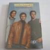 เรนโบว์บอยส์ 2 ตอน มหา'ลัยรออยู่ (Rainbow High) อเล็กซ์ ซานเชซ เขียน อรทัย โชติปรายนกุล แปล