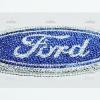 โลโก้หลัง Ford ประดับเพชร