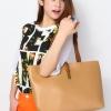 (พร้อมส่ง)กระเป๋าหนัง แฟชั่น แบบเรียบๆ สะพายได้หลายโอกาส สีน้ำตาลอ่อน