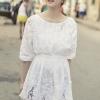 (พร้อมส่ง)เสื้อตัวยาว สีขาว ผ้าคอตตอน เอวจั๊มพ์ แต่งผ้าถัก ปักลายดอกไม้ สวยงาม