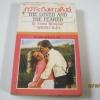 กว่าจะถึงดาวดึงส์ (The Loved and The Feared) Violet Winspear เขียน สุธัชริน แปล***สินค้าหมด***