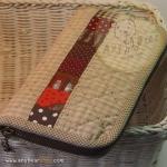 กระเป๋าสตางค์ใบยาวงานควิลท์-ผ้าทอโทนน้ำตาลอ่อน