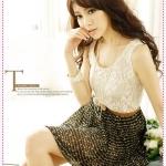 เดรสลูกไม้กระโปรงชีฟอง Korean version of the lace stitching wavy skirt dress