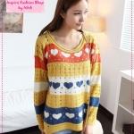 [Preorder] เสื้อกันหนาวแฟชั่นแขนยาวลายหัวใจหลากสี สีเหลือง Hitz sweater Women colored stripes printing love the hollow round neck fashion sweaters