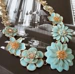 สร้อยคอแฟชั่น ดอกไม้สีฟ้า แบบ Zara