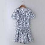 [Preorder] จั๊มสูทแฟชั่นแขนสั้นสไตล์ยุโรป สกรีนลายโทนสีขาวน้ำเงิน (ไซส์ S M L) MICN 2015 summer new European style blue and white printing ladies fashion short pants Siamese pants shorts