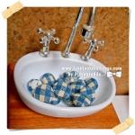 HMB1-4 : กระดุมปั๊มผ้า cotton 100% handmade ขนาด 1 cm- (1 แพคบรรจุ 12เม็ด )