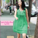 [Preorder] เดรสออกงานแฟชั่นระบายชั้นๆ ที่คอเสื้อประดับดอกกุหลาบสีเขียว Multi-storey flounced dress