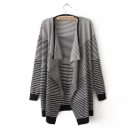 [Preorder] เสื้อคลุมแฟชั่นแขนยาวลายขวาง สีดำ 2013 fall and winter clothes Korean version of the new women's long sleeve striped sweater cardigan coat irregular big yards personality