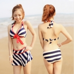 [Preorder] เซ็ทบิกินนี่ 3 ชิ้น ลายขวาง (ไซส์ M L XL XXL XXXL) Large yard three-piece bikini swimsuit skirt lace big breasted navy striped swimsuit steel prop gather Spa