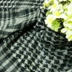 ผ้าพันคอลายสก๊อต : สีเทาดำ