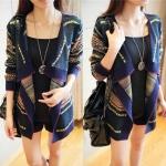 เสื้อคลุมไหมพรมลายไทยสไตล์เกาหลีงานสวยเนื้อหนาผ้านิ่ม Freesize อก 38-40 นิ้ว ยาว 26 นิ้ว สี: เขียว