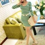 [Preorder] เดรสแฟชั่นแขนยาวลายขวางคอวี (สำหรับสาวไซส์ S และ M) สีเขียว JackGrace colorful striped stretch dress three color