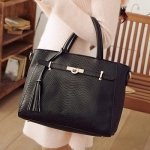[Preorder] กระเป๋าถือแฟชั่น สีดำ Beauty 2014 luxury meticulous Animal briefcase bag new wave of female female bag Post European and American fashion handbagsNew starting the whole networkAnimal tassels