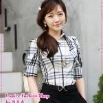 เสื้อเชิ๊ตแขนสามส่วนสีขาวดำ Hot new Korean wild personality casual plaid shirt temperament