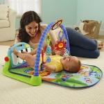 Fisher-Price Discover 'n Grow Kick and Play Piano Gym (มีคลิปวีดีโอนะคะ เด็ก ๆ ชอบมากค่ะ)