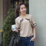 เสื้อผ้าแฟชั่นเกาหลีคอกลมผ้าซีฟองสีเบจ