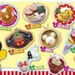 พร้อมส่งค่ะ Disney Mickey Mouse Character Food Mascot Keyring/ pendant : pancake