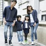 ชุดครอบครัว พ่อแม่ลูก เสื้อครอบครัวแขนยาว ลายจุดสีขาว แต่งหลอกเหมือนใส่ 2 ชิ้น สีน้ำเงิน (ราคา 3 ตัว พ่อ แม่ ลูก) - pre order