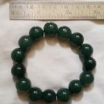 สินค้าหมดค่ะ สร้อยข้อมือหินหยกสีเขียว(มั่งคั่งร่ำรวย)ค่ะ