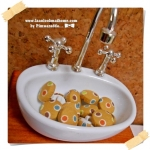 HMB1-9 : กระดุมปั๊มผ้า cotton 100% handmade ขนาด 1 cm- (1 แพคบรรจุ 12เม็ด )